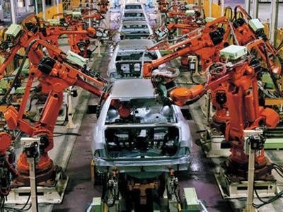 Оператор на производство автомобилей