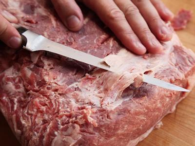 Жилувальниця м'яса в Литву