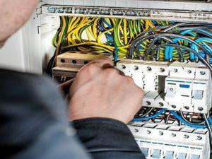 Робота электрика в Литві