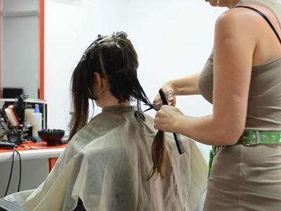 Вакансия для парикмахера в Латвии