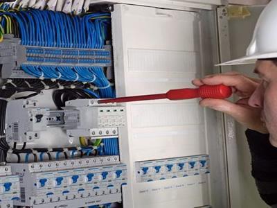 Вакансія для електрика в Литві
