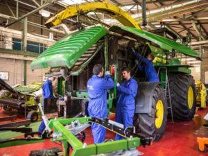 Работа механизатора в Литве