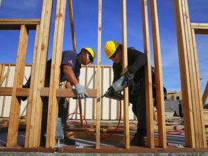 Столяр на будівництво в Швеції