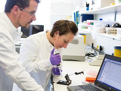 Робота технічним асистентом в області фармації (PTA) в Німеччині