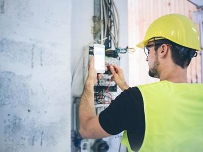 Робота для електрика на будівництво і установку сонячних батарей в Німеччині