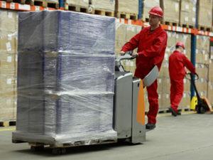 Работа комплектовщика на складе в Латвии