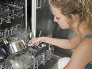 Робота посудомийниці в Латвії