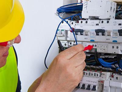Вакансія для електрика на виробництві в Естонії