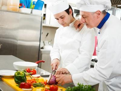 Вакансия для помощника повара в Польше
