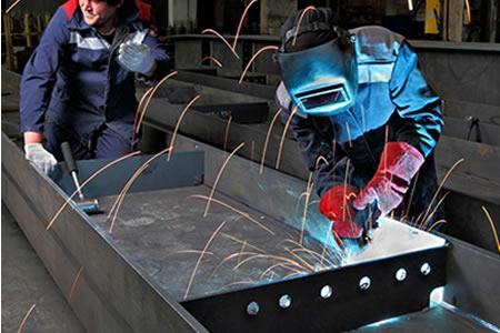 Вакансия сварщика-монтажника металлоконструкций в Литве