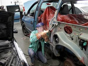 Работа для кузовщика на автосервисе в Эстонии