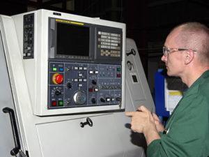 Работа для оператора на станок ЧПУ в Литве