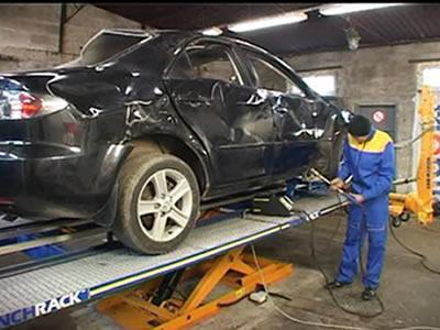 Вакансия для рихтовщика легковых автомобилей FORD в Чехии