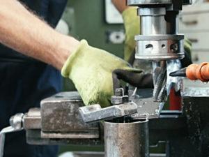 Робота для фрезерувальника на виробництві