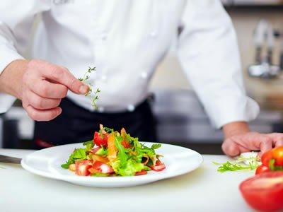 Потрібен кухар для приготування холодних страв в Литві