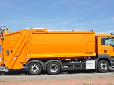 Вакансия для водителя категории С на мусоровоз в Латвии