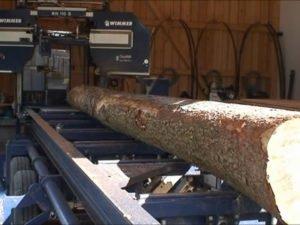 Работа на пилораме распил круглого леса и досок нужного размера