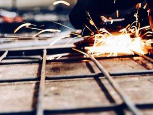 Работа для сварщика и монтажника металлоконструкций на производстве