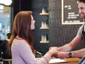 Работа для продавца кафе по обслуживанию клиентов