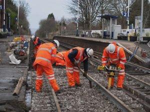 Работа по ремонту железной дороги в Чехии