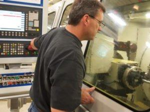 Робота для оператора верстатів ЧПУ на виробництві