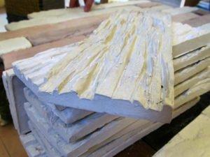 Робота на виробництві і упаковці декоративної плитки