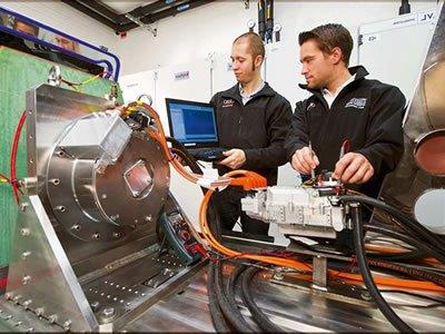 Вакансия для слесаря-электрика на производстве в Германии