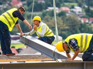 Требуются работники различних строительных професий