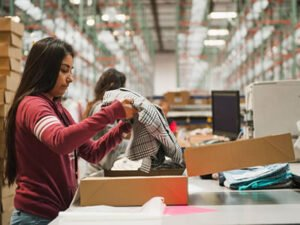 Работа для студентов на складе одежды