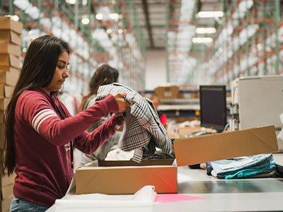 Стажировка для студентов на складе одежды в Германии