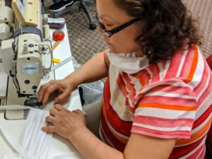 Работа для швеи - швейный рабочий на швейной фабрике