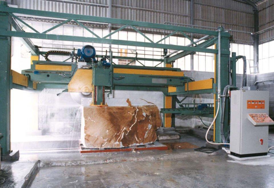Вакансия для специалиста по обработке гранита на производство в Литве