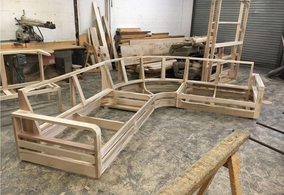 Вакансія для складальника меблевих каркасів в Литві