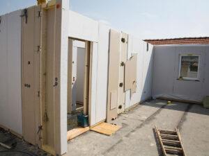Робота для будівельника на складання модульних будинків