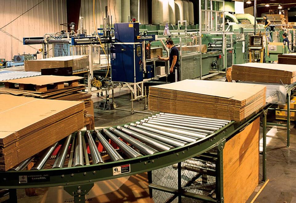 Вакансия на сборку картонных коробок для студентов на период каникул в Германии