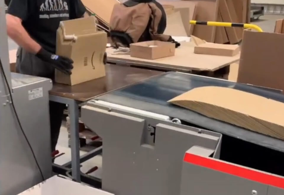 Вакансія на виробництві картонних упаковок для студентів на період канікул в Німеччині