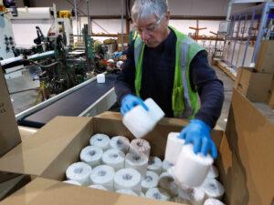 Робота для пакувальника паперу, серветок на виробництві