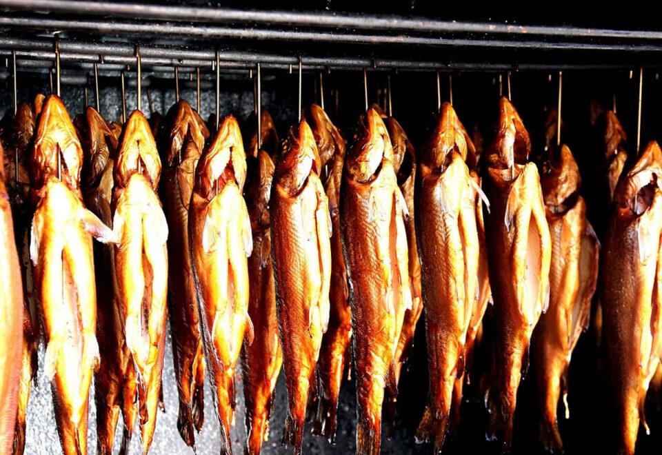 Вакансия для работника на производстве копченой рыбы в Польше