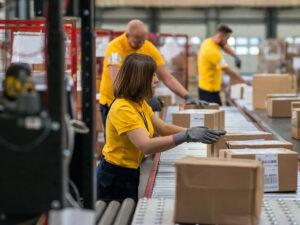Работа для мужчин и женщин на складе