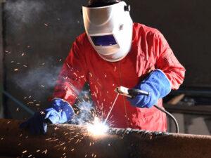 Робота для зварювальника металоконструкцій на цегельному заводі